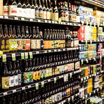 craft-beer-aisle-at-zupans