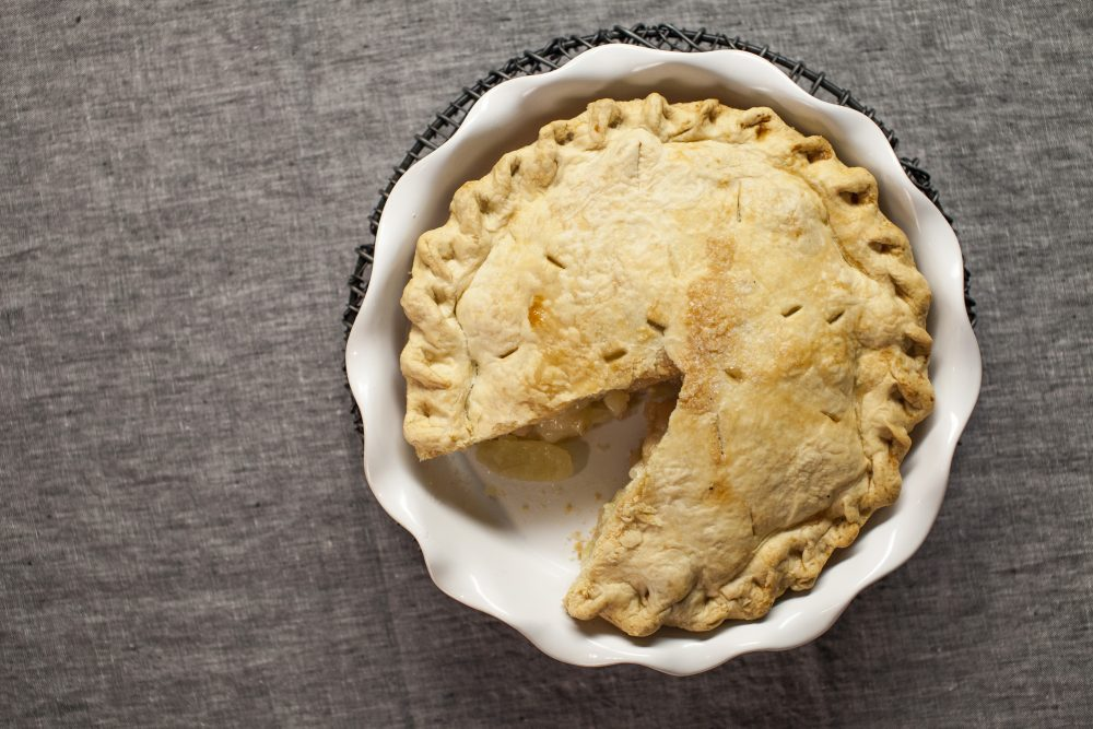 Holiday apple pie