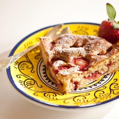 strawberry italian cake
