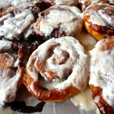 -cinnamon-rolls-kyra