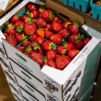 Columbia River Farms strawberry palet