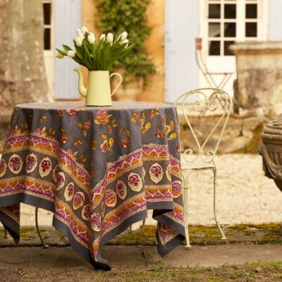 Couleur Nature linen over a courtyard table