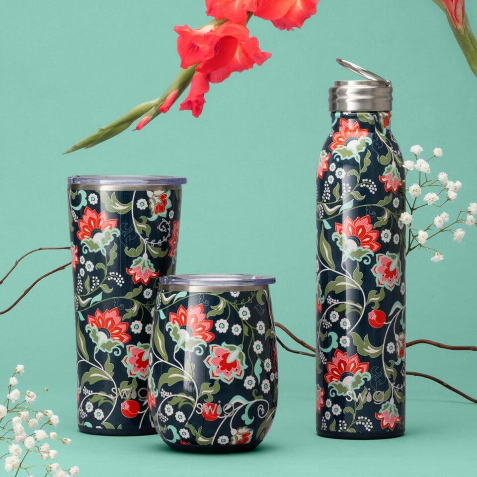 Lotus blossom printed Swig water bottles