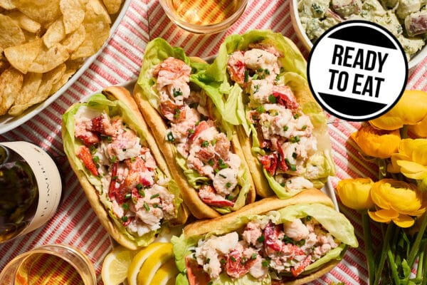 Ready to eat lobster roll dinner kit from Zupan's
