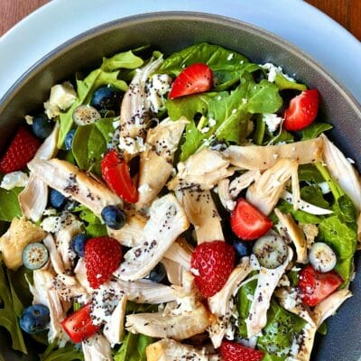 Berry spinach salad
